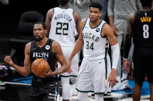"""CJ McCollum Calls Out Giannis Antetokounmpo For Not Guarding Kevin Durant: """"Bruh First Team All-Defense And Ain't Go Check Easy Money"""""""