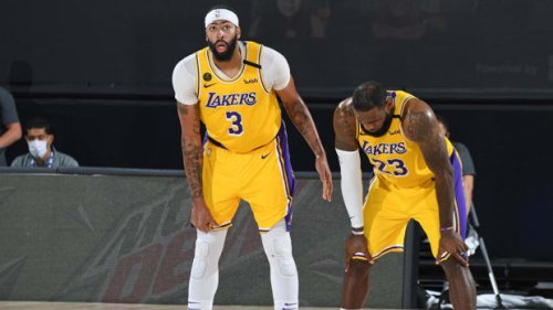 """NBA Fans React To Los Angeles Lakers Being 0-2 After Being Blown Out By The Suns: """"That's What Happens When You Put Two Statpadders On The Same Team."""""""