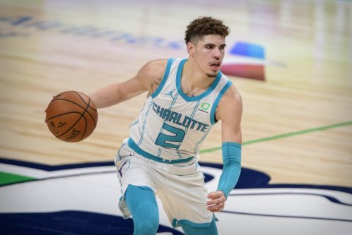 """Dell Curry On LaMelo Ball: """"He's A Different Breed..."""""""