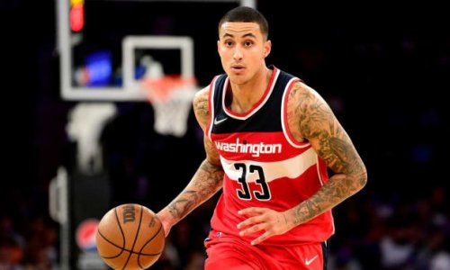 """Kyle Kuzma Praised Phoenix Suns During Dominant Win Over Lakers: """"Book Be Talking So Spicy"""""""
