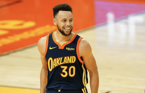 """Ayesha Curry On Stephen Curry Breaking Records: """"He Comes Home, And It's Like It Never Happened. He Just Wants Some Popcorn And Some Candy."""""""