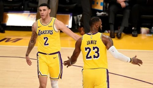 Lonzo Ball Exchanges Tweets With LeBron James, Los Angeles Lakers Fans Speculate About A Return