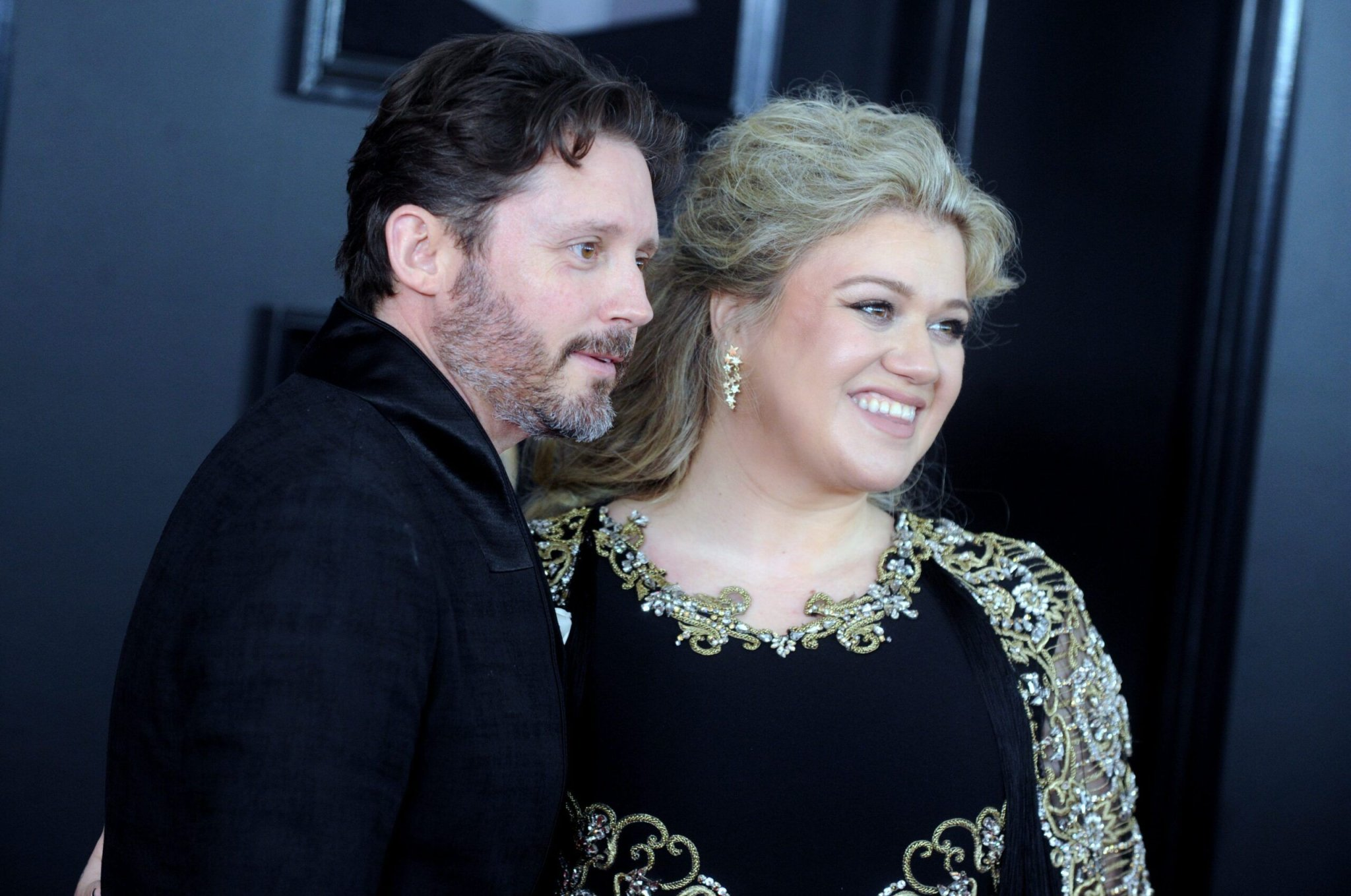 Kelly Clarkson Says Her Kids Have Had 'A Lot Of Help' From Therapists Amid Divorce - Fame10
