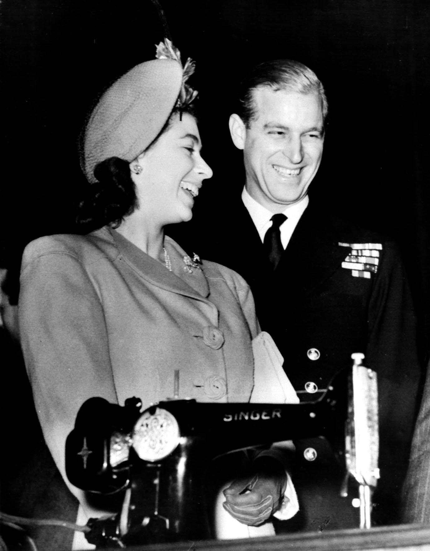 Rare Photos Of Queen Elizabeth And Prince Philip - Fame10