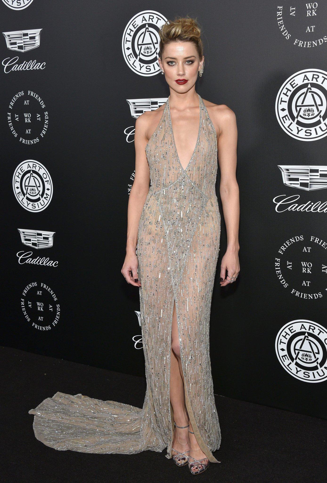 Amber Heard Donates Johnny Depp Divorce Money To Children's Hospital - Fame10
