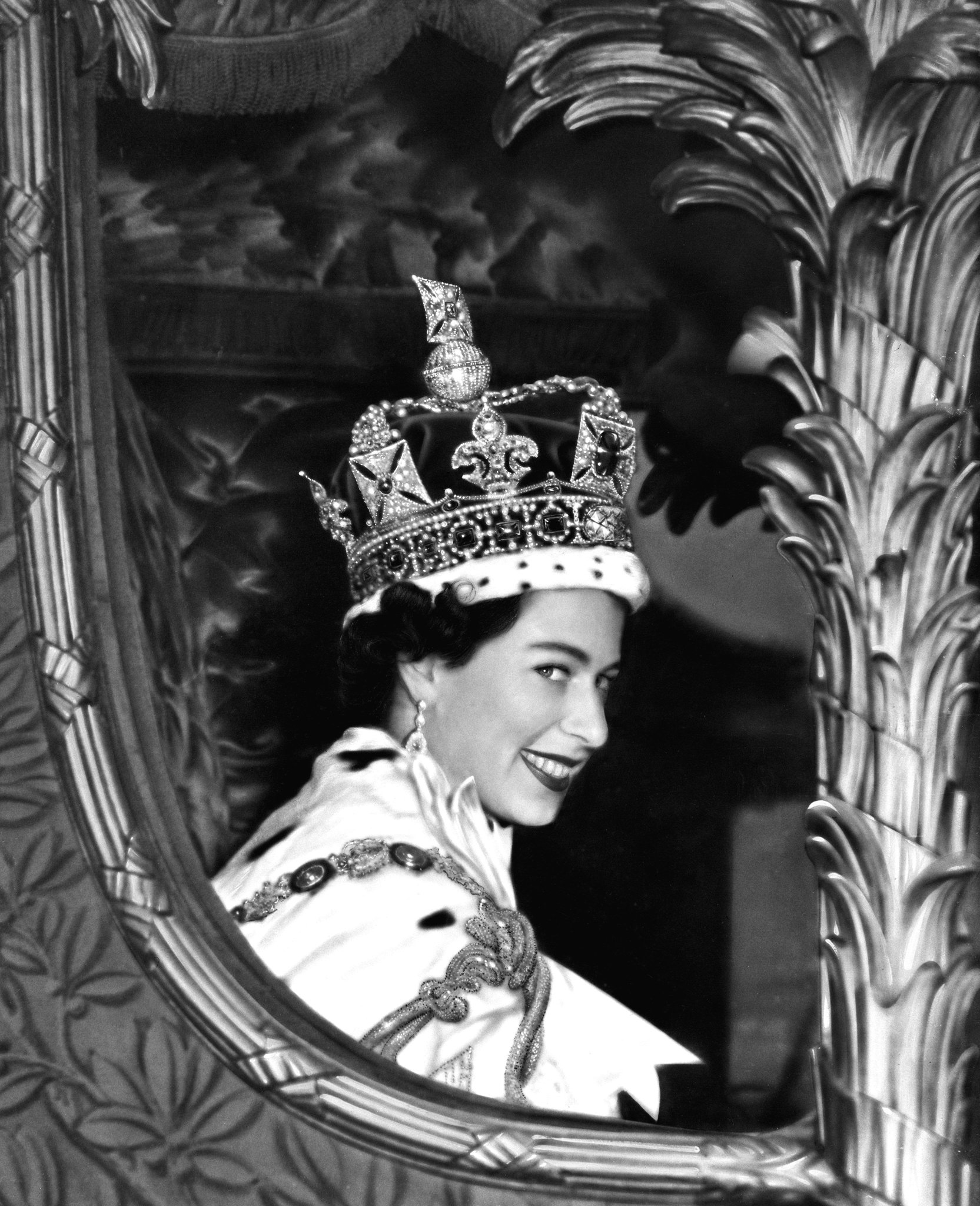 Things You Didn't Know About Queen Elizabeth - Fame10