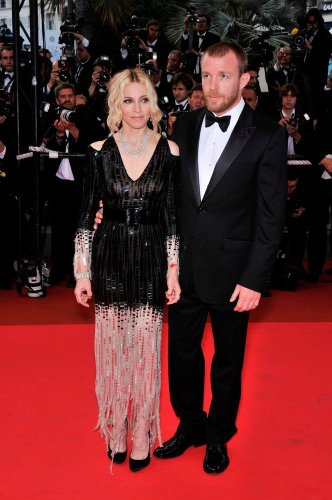 """Madonna """"Felt Incarcerated"""" During Marriage To Guy Ritchie - Fame10"""