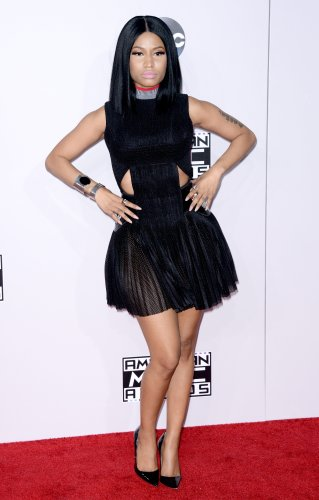 Nicki Minaj Admits To Having To Steal Bread To Eat When She Was A Waitress - Fame10