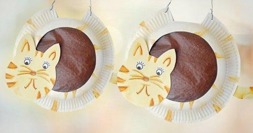 Katzen-Laterne basteln: Dieses Modell aus Papptellern gelingt jedem!