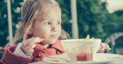 Ketchup selber machen: 3 zuckerarme Rezepte für den Lieblingsdip | familie.de