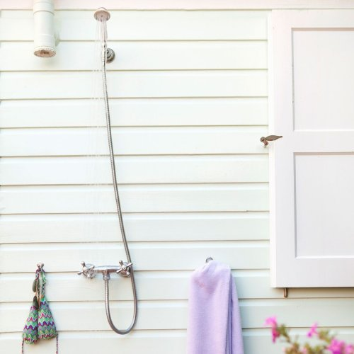 Homeowner's Guide to Outdoor Showers