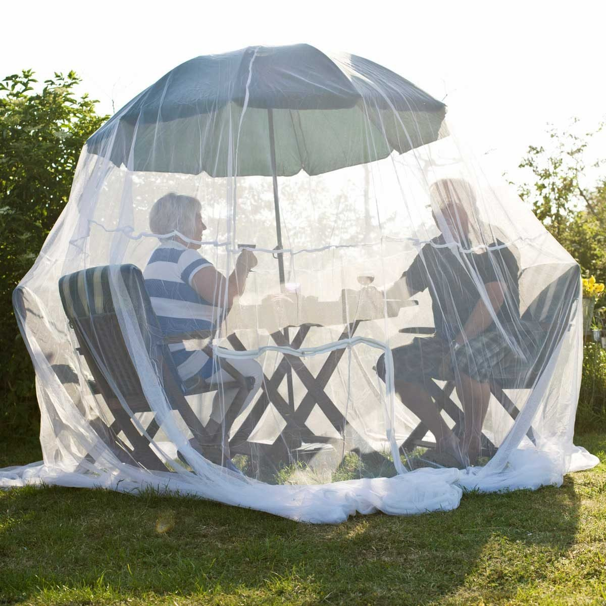 8 Best Insect Nets for Your Deck and Patio