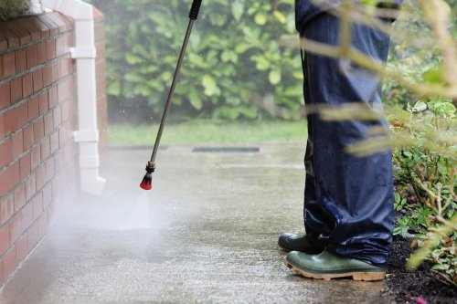 6 Most Common Mistakes When Pressure Washing
