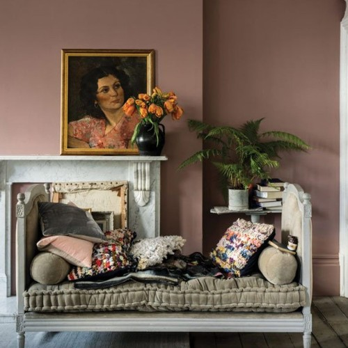 5 Paint Colors That Make Your Home Look Dirty