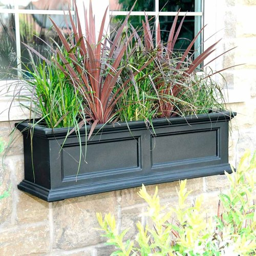 13 Outdoor Self-Watering Planter Options for the Easiest Container Garden Ever