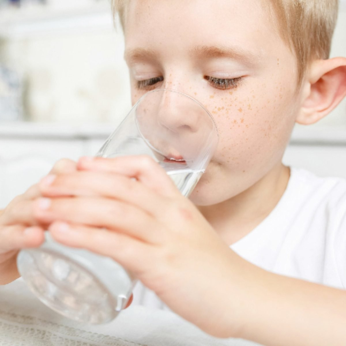 3 Important Reasons to Filter Your Water at Home
