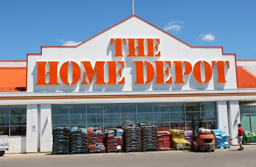 Our Favorite Garden and Patio Finds on The Home Depot For Less Than $50
