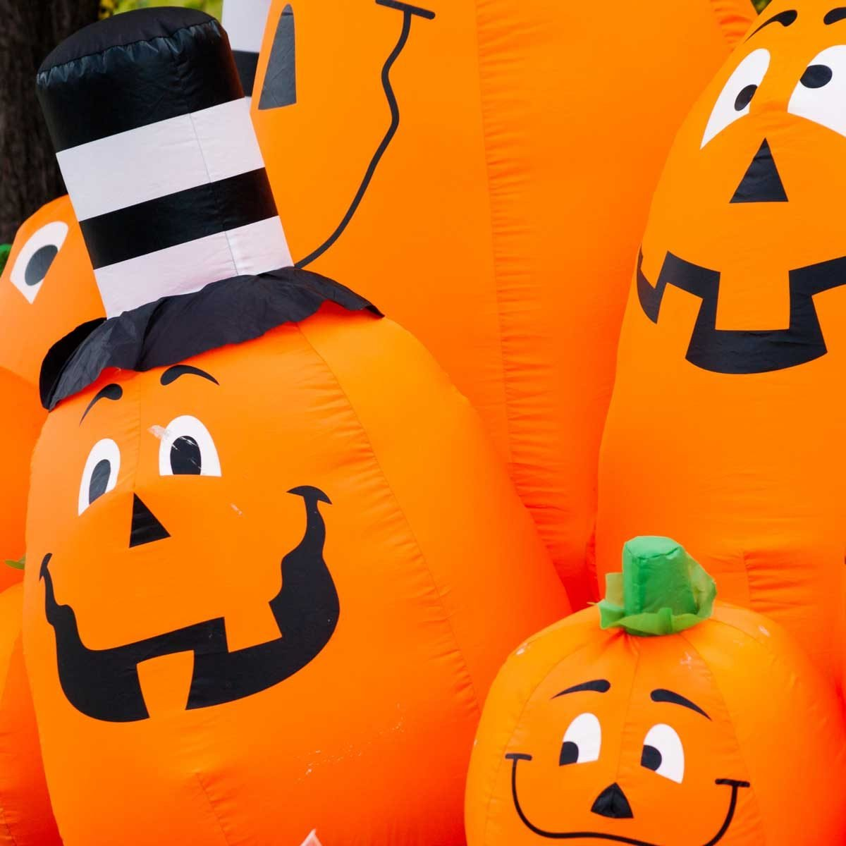 10 Spookiest Halloween Inflatables for Your Yard
