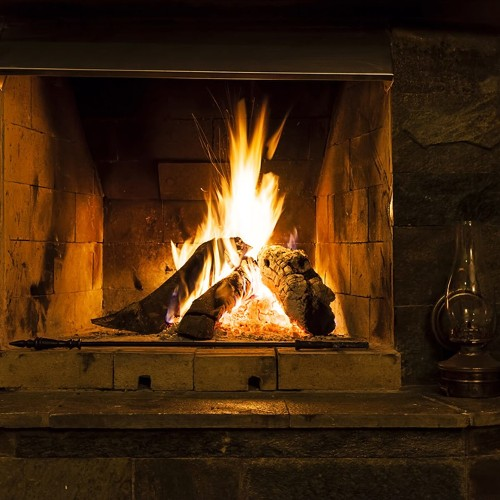 Top Tips for Starting a Fire in the Fireplace