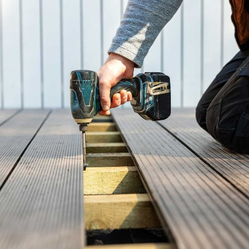 What to Know About Plastic Decking and Tiles