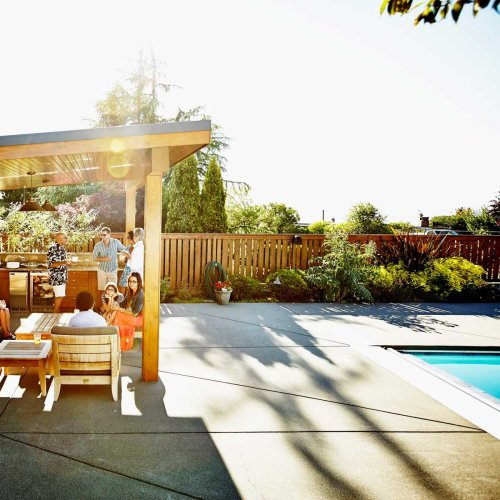 7 Top-Rated Pool Cabanas