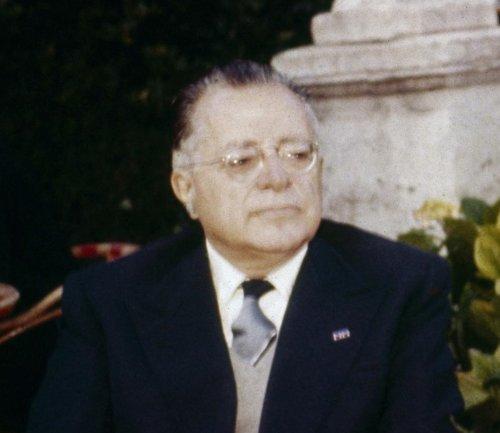 Palmiro Togliatti: la doppiezza tagliente del comunismo italiano