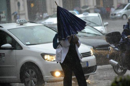 Maltempo, vento di burrasca sull'Italia: allerta meteo della Protezione civile