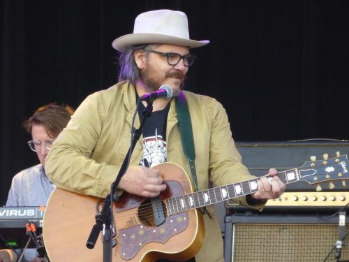 Wilco's Jeff Tweedy covers the 'Ted Lasso' theme song