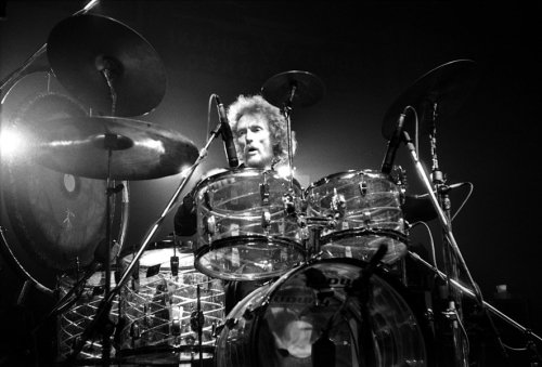 Watch Cream tear through 'Sunshine of Your Love' back in 1967