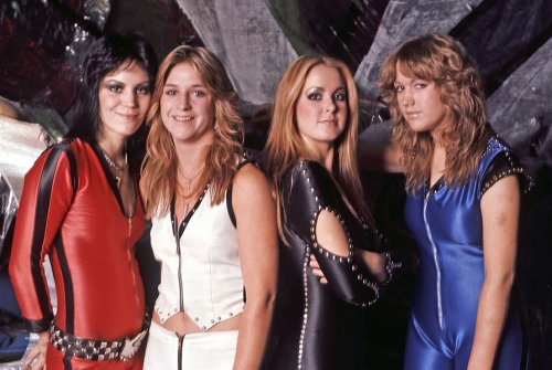 Watch The Runaways full mouth-watering performance live in Tokyo, 1977