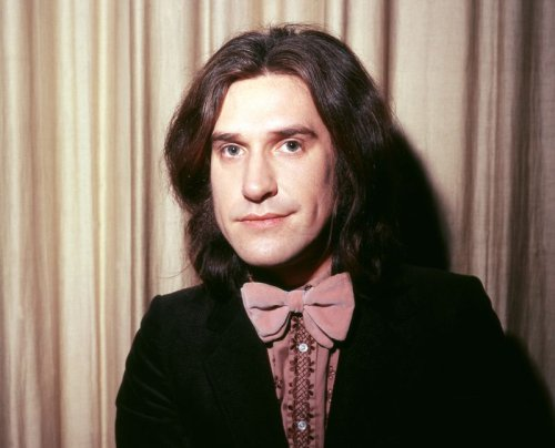 Listen to Ray Davies' era-defining isolated vocals on The Kinks song 'You Really Got Me'