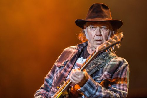 Neil Young explains why Jimi Hendrix was the best guitarist of his era
