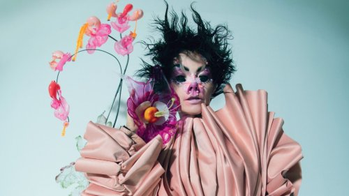 """New Björk album is for people making """"clubs in their living room"""""""