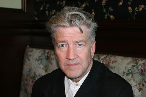 David Lynch tells you how to experience his movies