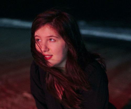 Lucy Dacus shares wistful new single 'Hot & Heavy'