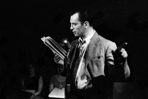 Watch Jack Kerouac read the last page of 'On the Road' over jazz piano