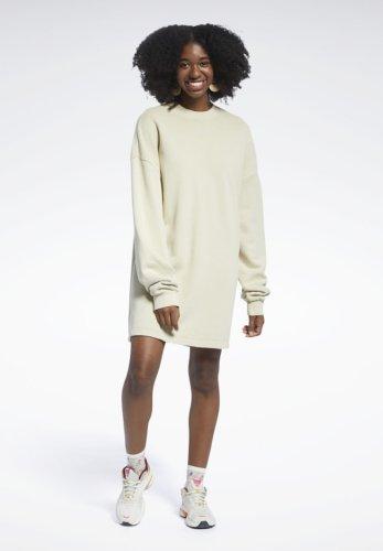 WIN: A $500 sustainable Reebok wardrobe