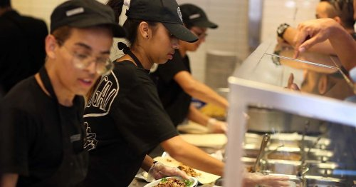 Chipotle Offers Path To Middle Class With Six-Figure Wages