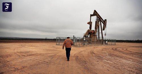 Nachhaltige Geldanlage: Pensionsriesen steigen aus dem Öl aus