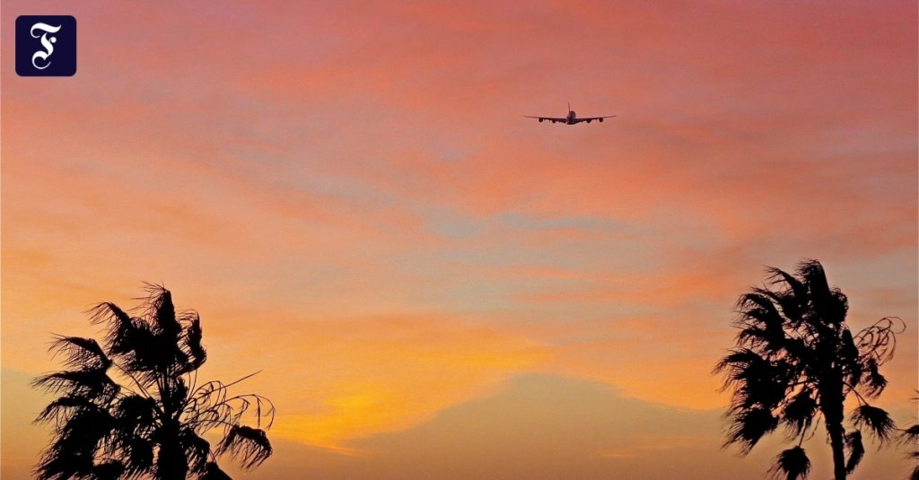Airlines, Aircrafts & Airports