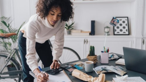 2020 Was a Challenging Year for Small Businesses — Especially Those Run by Women and Minorities