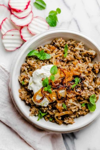 Mujadara {Lebanese Lentils and Rice Recipe} | FeelGoodFoodie