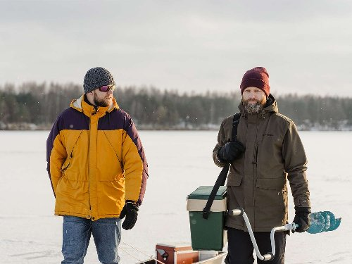 Best Men's Jackets: Stay Warm in Winter Weather