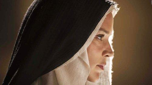 """BENEDETTA: Trailer zum neuen Skandalfilm des """"Basic Instinct""""-Regisseurs"""