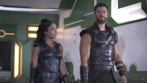 """THOR 4: Erstes Bild von Natalie Portman als """"Mighty Thor"""" in neuen Marvel-Film"""