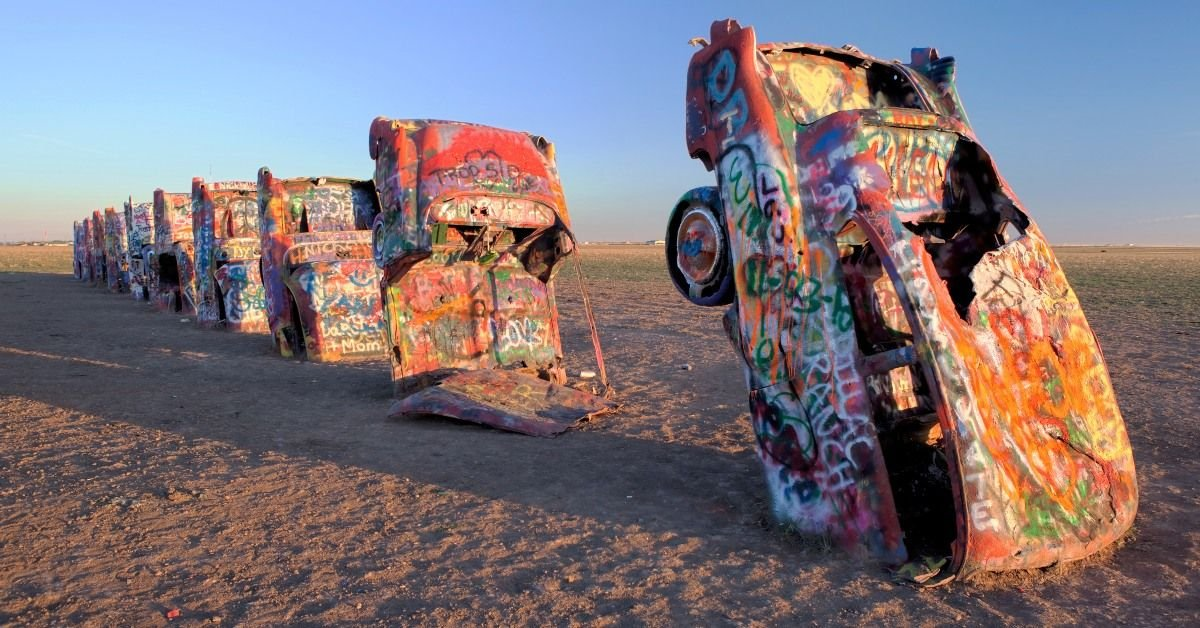 25 Unusual (and Just Plain Weird!) Roadside Attractions to See in 2021