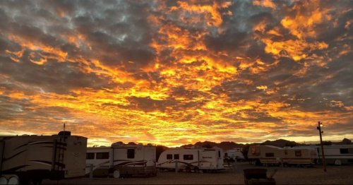5 Tips for Saving Money at RV Parks (From a Full-time RVer)
