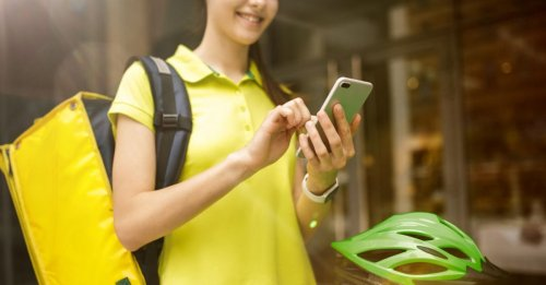 Ultimate Guide to Earning Money as a Delivery Person with Uber Eats [2021]