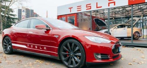 Kein rentables Autogeschäft: Experte nennt Argumente für eine Tesla-Übernahme