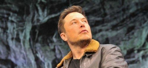Um finanziell aufzuholen: Elon Musk rät Warren Buffett zu Kauf von Tesla-Aktien